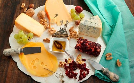 Как собрать изысканную сырную тарелку в 2019 году